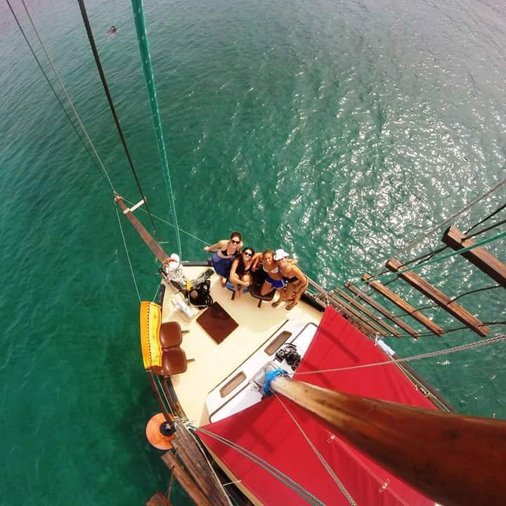 Kefalonia Trips - Kefalonia Boat Trips from Argostoli harbour. Kefalonia Boat Tours and Kefalonia Day Cruises with Queen Bee. Kefalonia day cruises, Kefalonia sunset cruises & Kefalonia private cruises. Daily Cruises From Argostoli Harbour & Kefalonia Boat Trips from Argostoli Kefalonia.